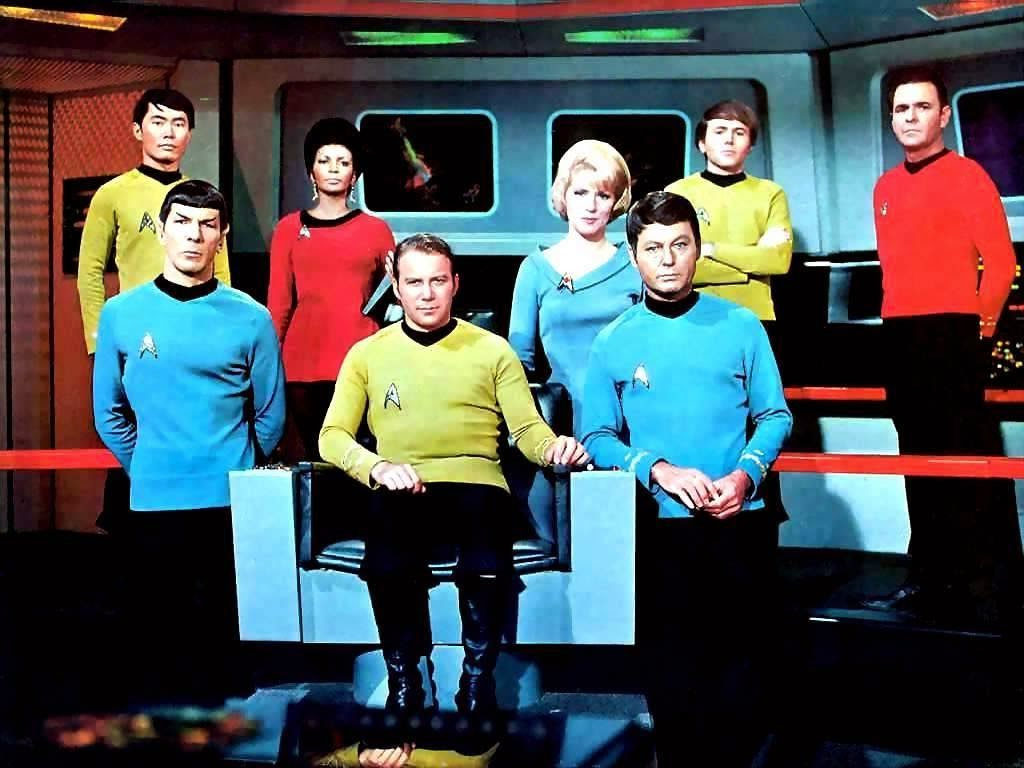 This image has an empty alt attribute; its file name is star-trek-original-cast.jpg