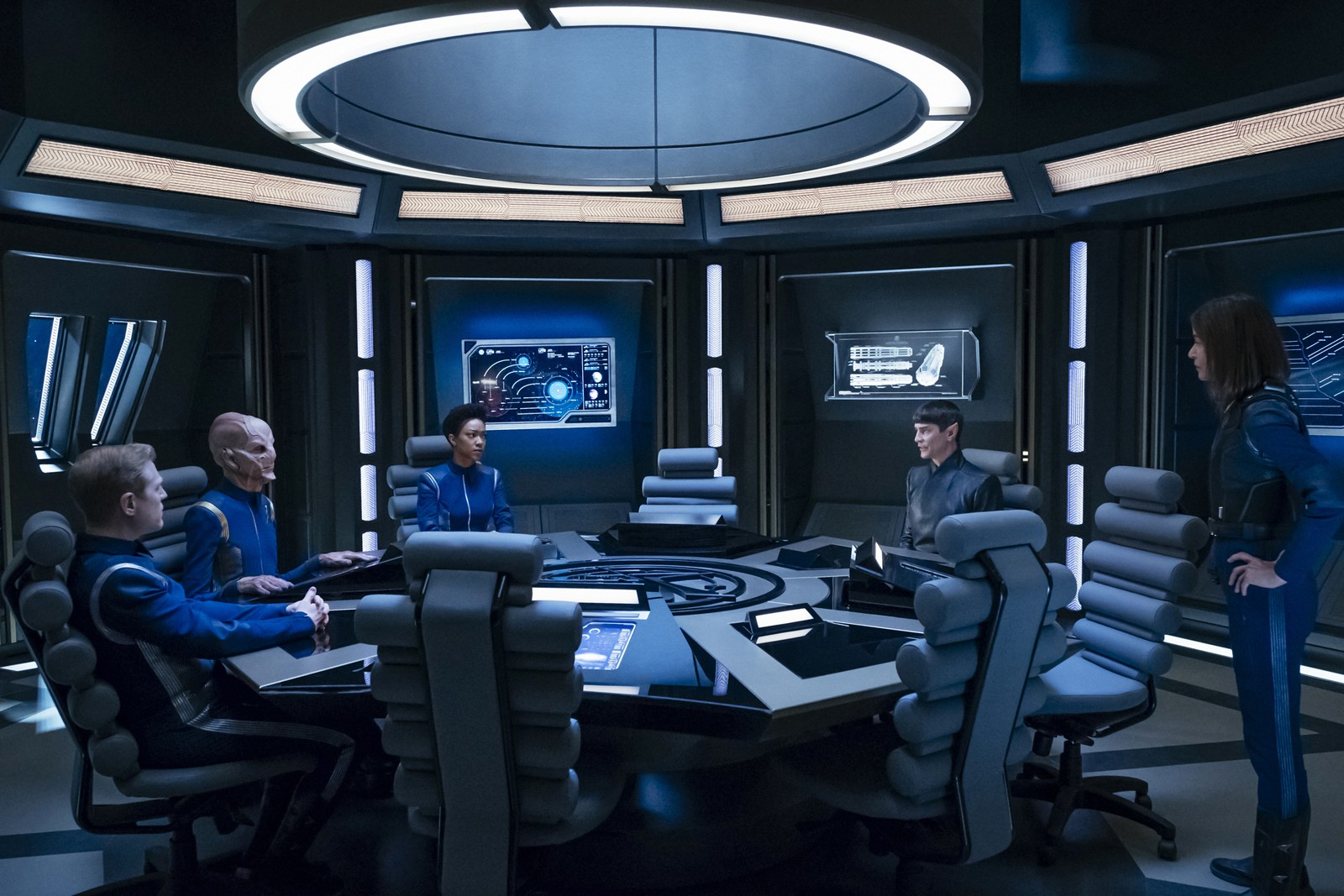 Check Out 8 Images From 'Star Trek: Discovery' Episode 14 ...